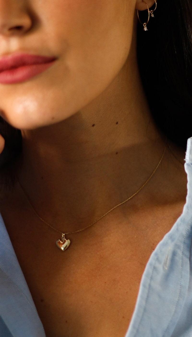 Colgante-oro-corazon-byou-jewelry-3-min