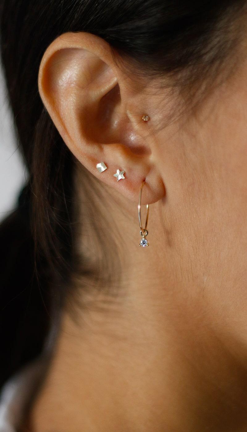 Piercing-Cuadrado-Mateado-oro-byou-jewelry-3-min
