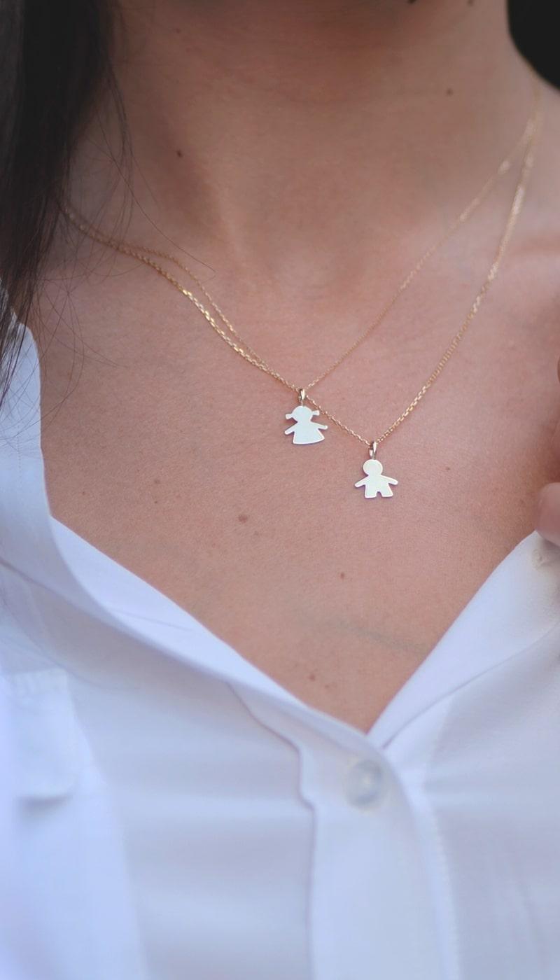 Colgante_Niño_Niña_Dia_de_la_madre_byou_jewelry_modelo1-min